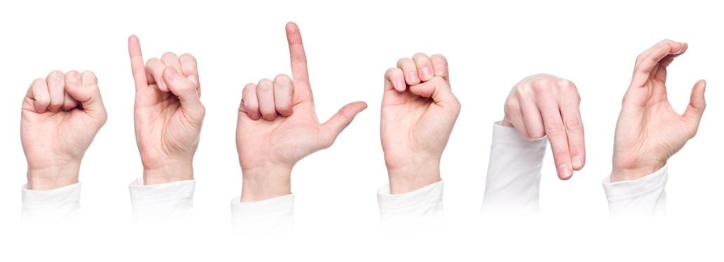 Five: nasce l'app di messaggistica per non udenti.
